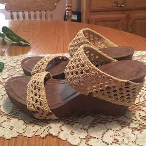 Crochet Banded Wedges, Cato